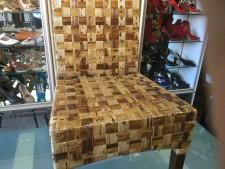 Sedia in fibra di cocco usata a Treviso