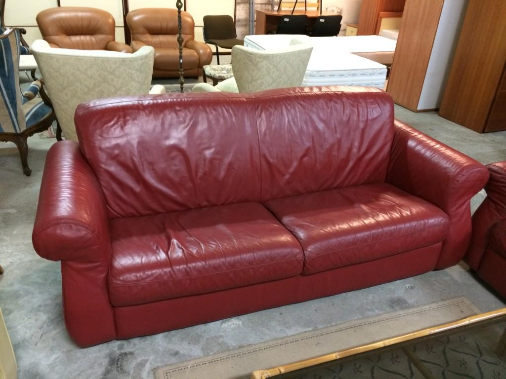 divano pelle posti usato: divano in pelle a 3 posti carezza con ... - Divani In Pelle Usati
