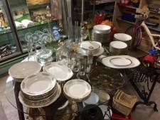 Servizi piatti e vetreria usati a Treviso