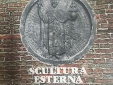Scultura esterna  a Venezia usato a Treviso