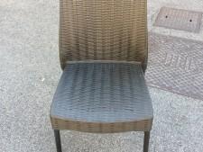 Sedie in plastica da esterno usate a Treviso