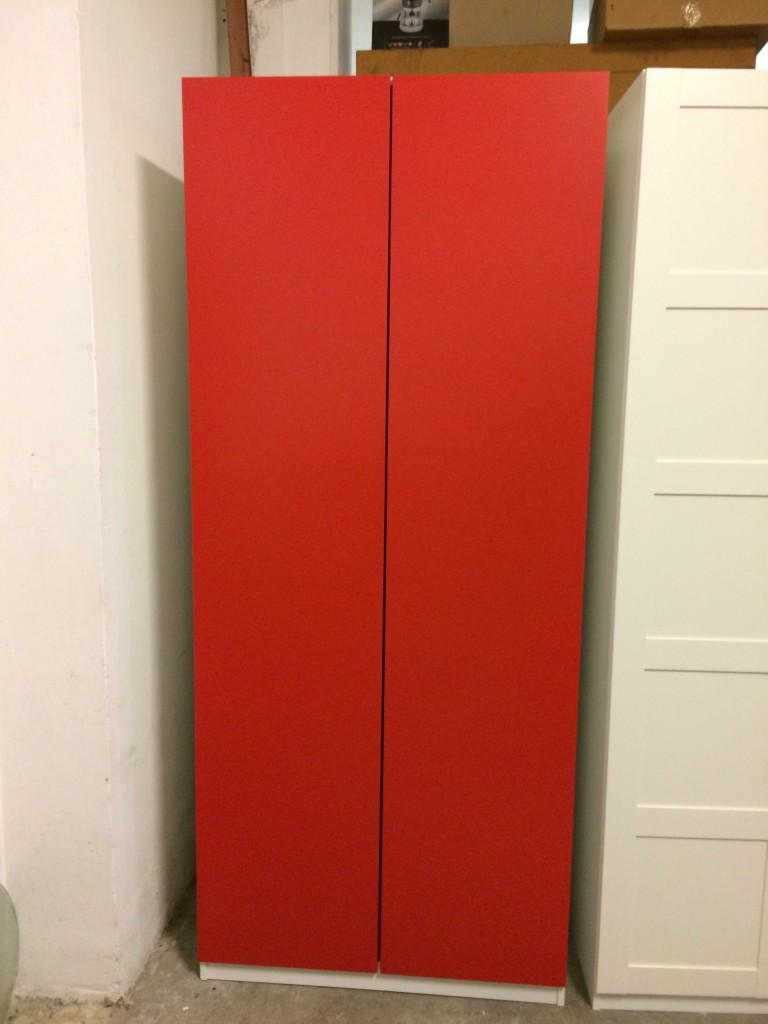 Armadio A Due Ante Usato.Armadio Rosso Due Ante Usato A Treviso Portobello Vintage