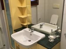 Mobile bagno usato a Treviso